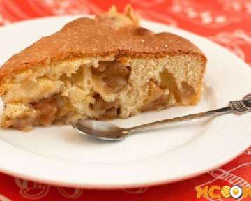 Пошаговый фото рецепт приготовления в духовке классической шарлотки с яблоками в домашних условиях