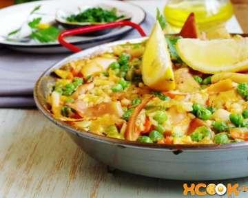 Паэлья с овощами и кальмарами — классический рецепт приготовления с фото