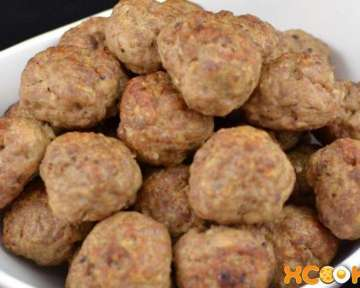 Мясные фрикадельки — рецепт приготовления с фото в духовке и на сковороде