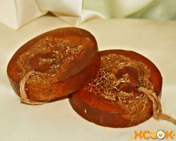Рецепт, как сделать своими руками в домашних условиях антицеллюлитное мыло с добавлением люффы и эфирного масла апельсина