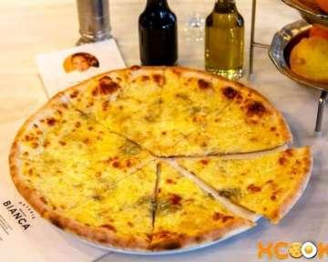Пицца 4 сыра – классический пошаговый рецепт с фото приготовления в домашних условиях