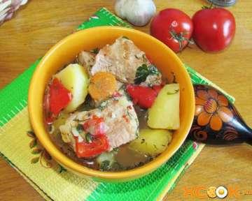 Вкусный свиной гуляш с подливкой – пошаговый рецепт с фото, как приготовить в домашних условиях