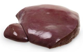 Телячья печень – описание с фото продукта; его калорийность и свойства; польза и вред (с противопоказаниями); использование в кулинарии и для лечения