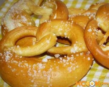 Немецкий крендель брецель с солью — рецепт с фото, как приготовить