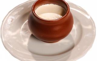 Описание мацони с фото, польза и вред кисломолочного продукта, его калорийность; рецепт приготовления в домашних условиях