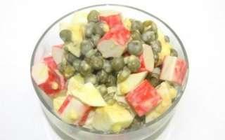 Вкусный салат с крабовыми палочками и горошком – рецепт с пошаговыми фото, как приготовить с вареным яйцом и майонезом