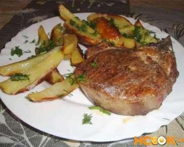 Пошаговый рецепт с фото, как приготовить вкусный бифштекс из свинины на сковороде и в духовке