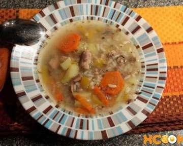 Как сварить вкусный рыбный суп из консервов сайры (простой рецепт приготовления с фото)?