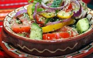 Вкусный овощной салат из свежих огурцов с грецкими орехами – приготовление в домашних условиях по простому рецепту с пошаговыми фото