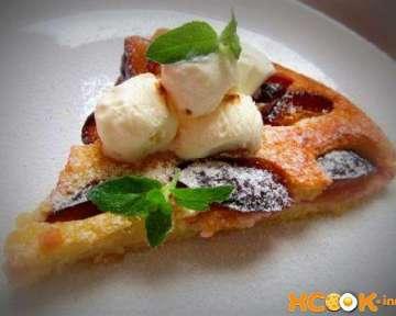 Пошаговый рецепт приготовления вкусного пирога со сливами в духовке с фото