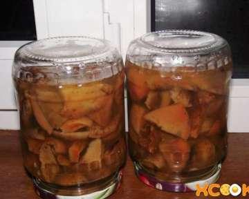Рыжики маринованные — пошаговый рецепт с фото (картинками) по приготовлению в банках на зиму в домашних условиях