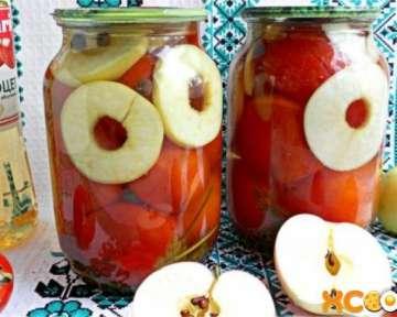 Пошаговый рецепт маринования вкусных помидоров с яблоками на зиму с фото
