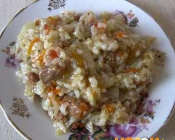 Рецепт с пошаговыми фото приготовления бигуса с рисом, свежей капустой и мясом