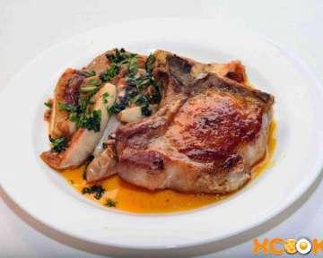 Антрекот свиной на косточке – пошаговый рецепт с фото, как приготовить на сковороде в домашних условиях