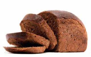 Черный хлеб — состав, полезные свойства, вред и калорийность