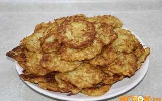 Драники из кабачков, приготовленные на сковороде – простой пошаговый фото рецепт