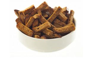 Гренки ржаные — калорийность, полезные свойства и вред