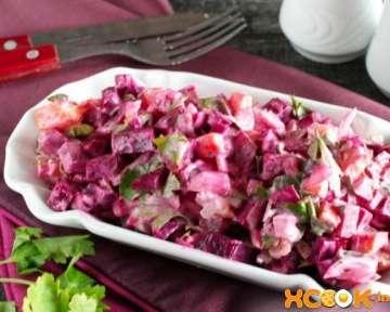 Вкусный салат из вареной свеклы и моркови – пошаговый фото рецепт домашнего приготовления с чесноком и майонезом