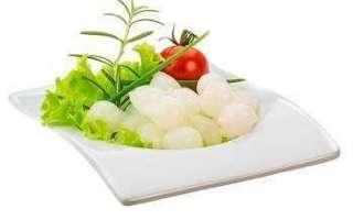 Жемчужный лук маринованный – его польза и вред; рецепты, как мариновать и использовать в блюдах