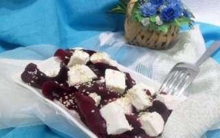 Полезный салат из запеченной свеклы – пошаговый рецепт с фото, как приготовить с сыром фета в домашних условиях