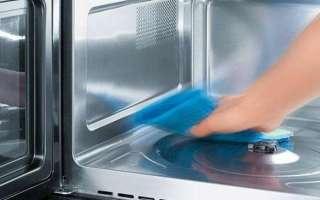 Чем и как мыть микроволновку внутри и снаружи в домашних условиях, используя народные средства (уксус, соду, лимон, лимонную кислоту и т. п.) – с видео?