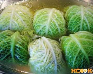 Пошаговый рецепт приготовления голубцов из савойской капусты с фото