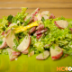 Весенний зеленый салат с редиской, луком и яйцом – как приготовить вкусно и просто, пошаговый фото рецепт