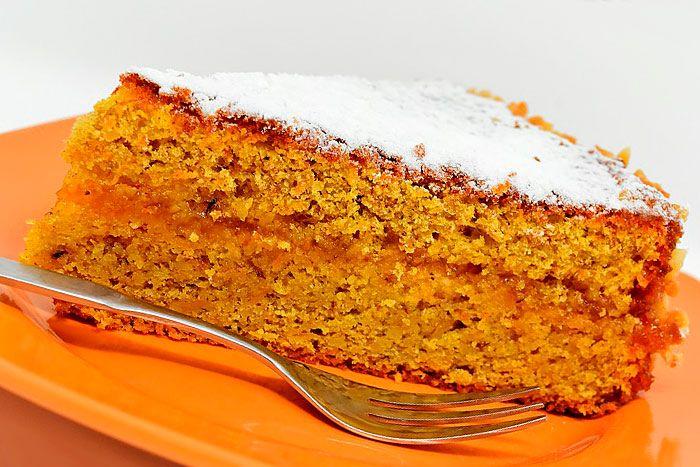Кусочек постного морковного торта